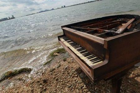 Piano1202021286