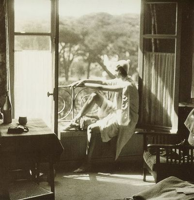 Lartigue Renee Perle window