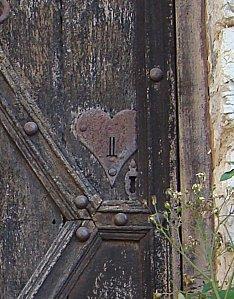 St-Cirq-lapopie_serrure_porte